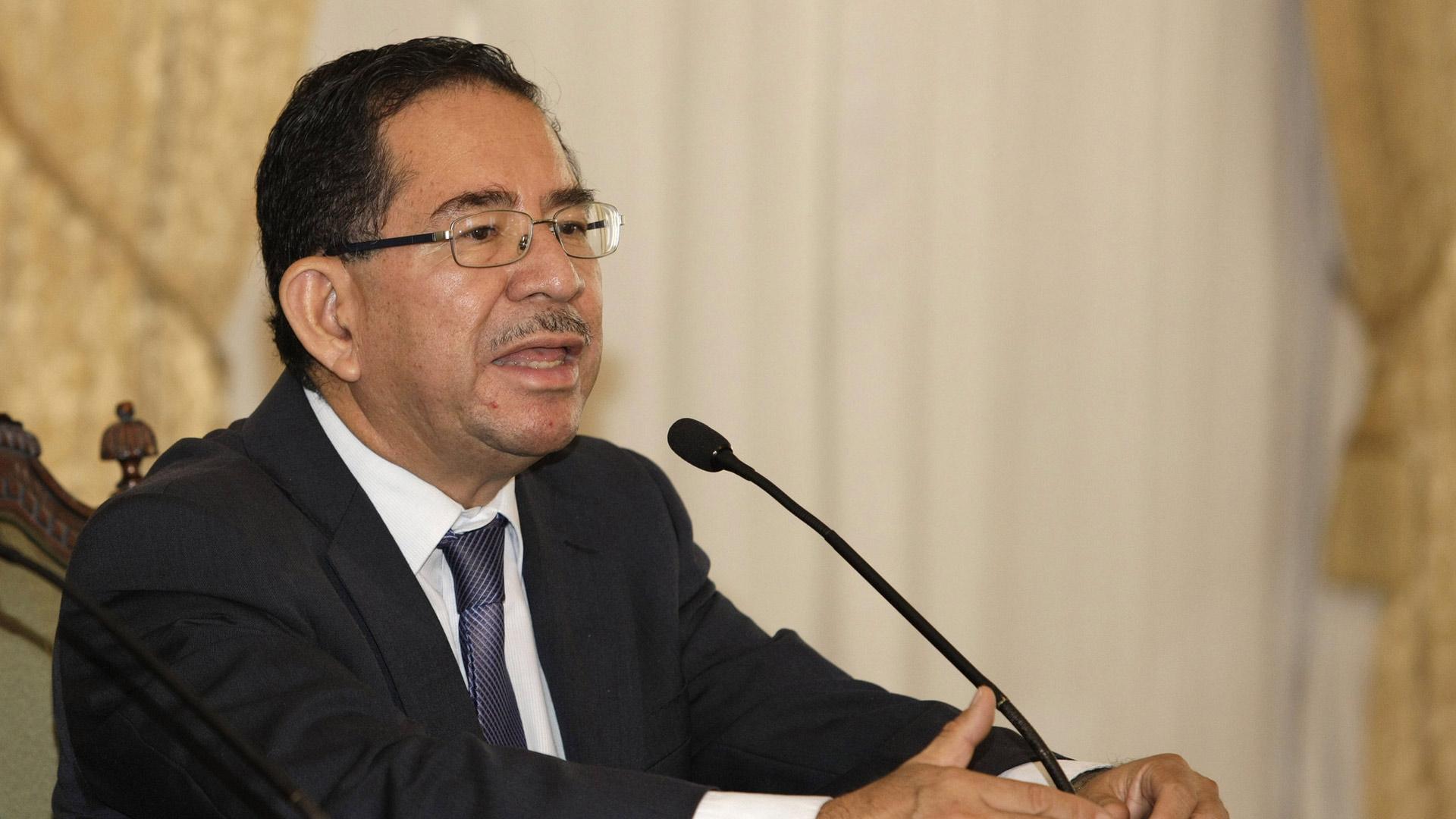 El secretario de comunicaciones, Eugenio Chicas, asegura que no necesitan ayuda internacional para mantener el orden