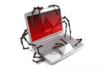 Actualmente se está produciendo un ataque informático contra un banco y una empresa de courier