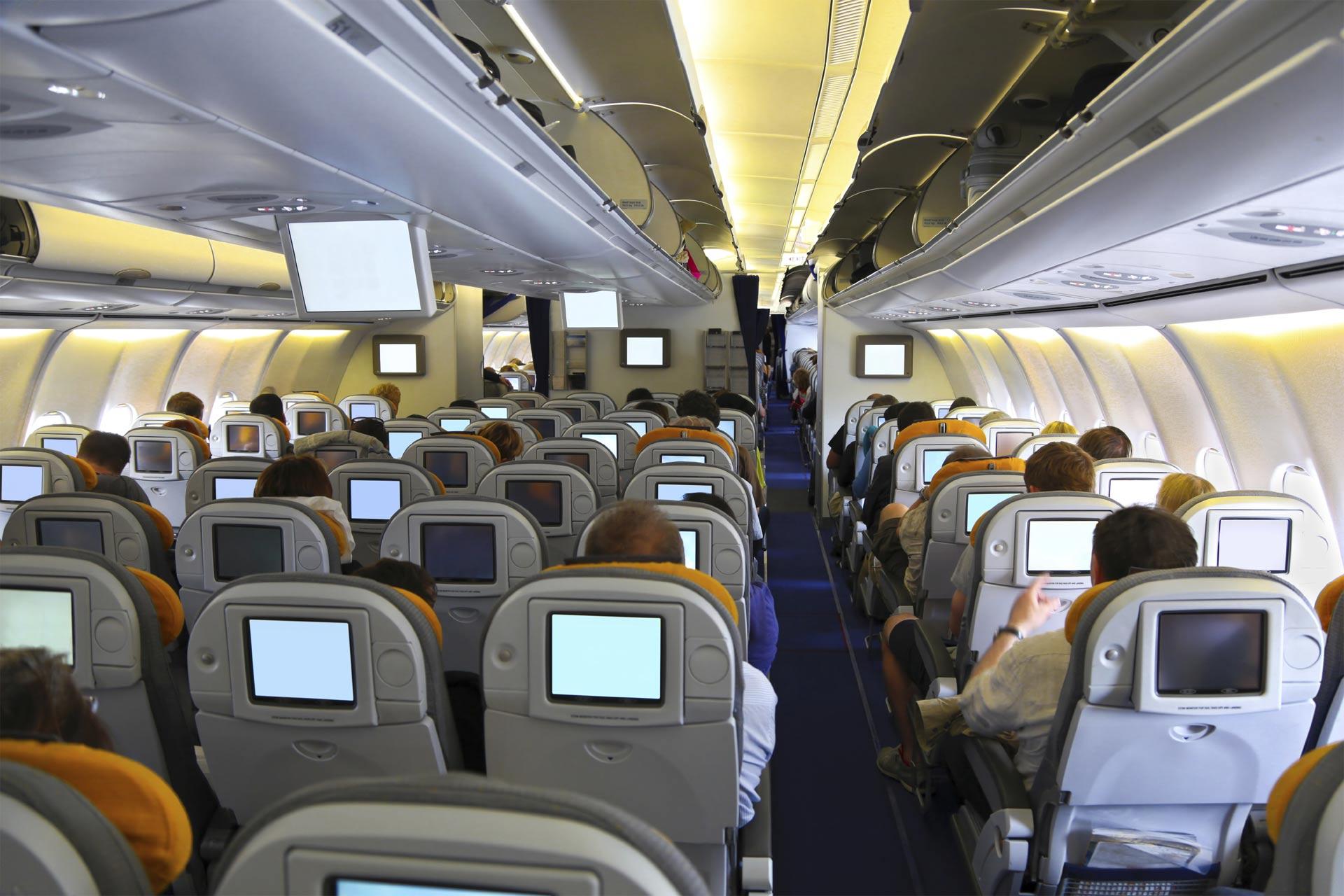 Escoge el asiento de avión más seguro cuando viajes