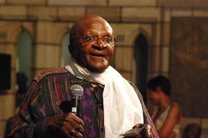 Desmond tutu cree que en Venezuela el Gobierno viola DDHH