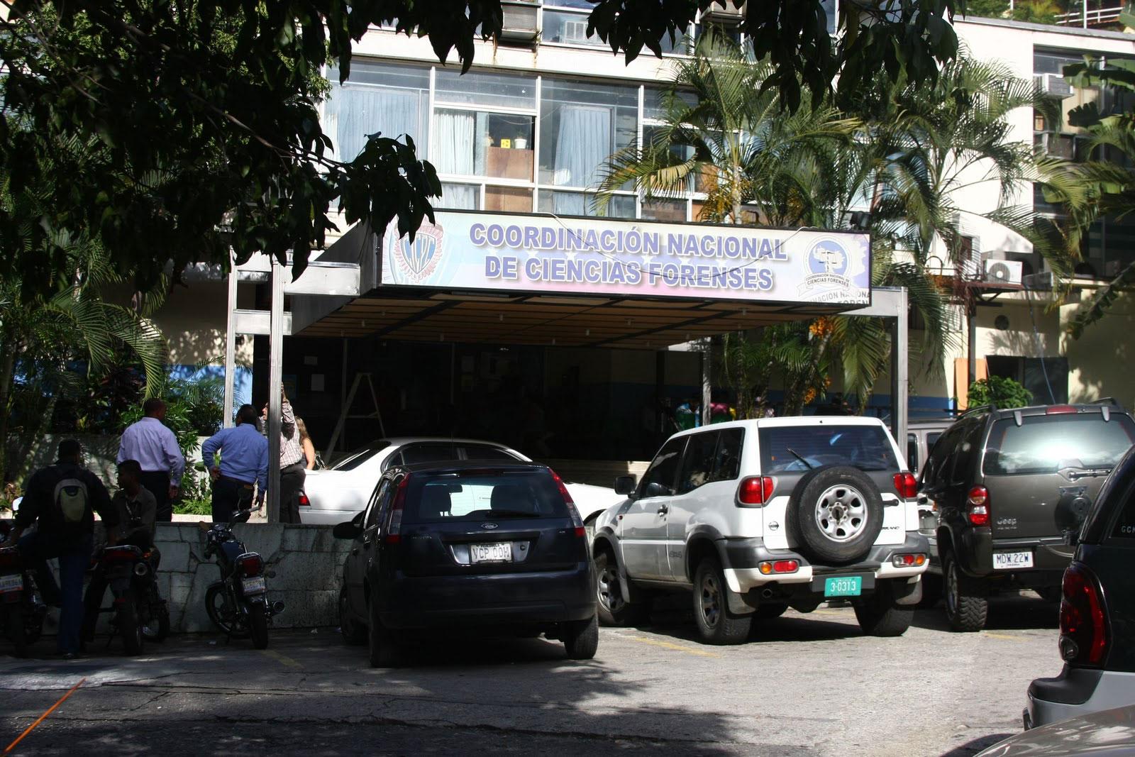 Cicpc investiga si fueron atacados por delincuentes o quedaron en la línea de fuego en un enfrentamiento entre bandas