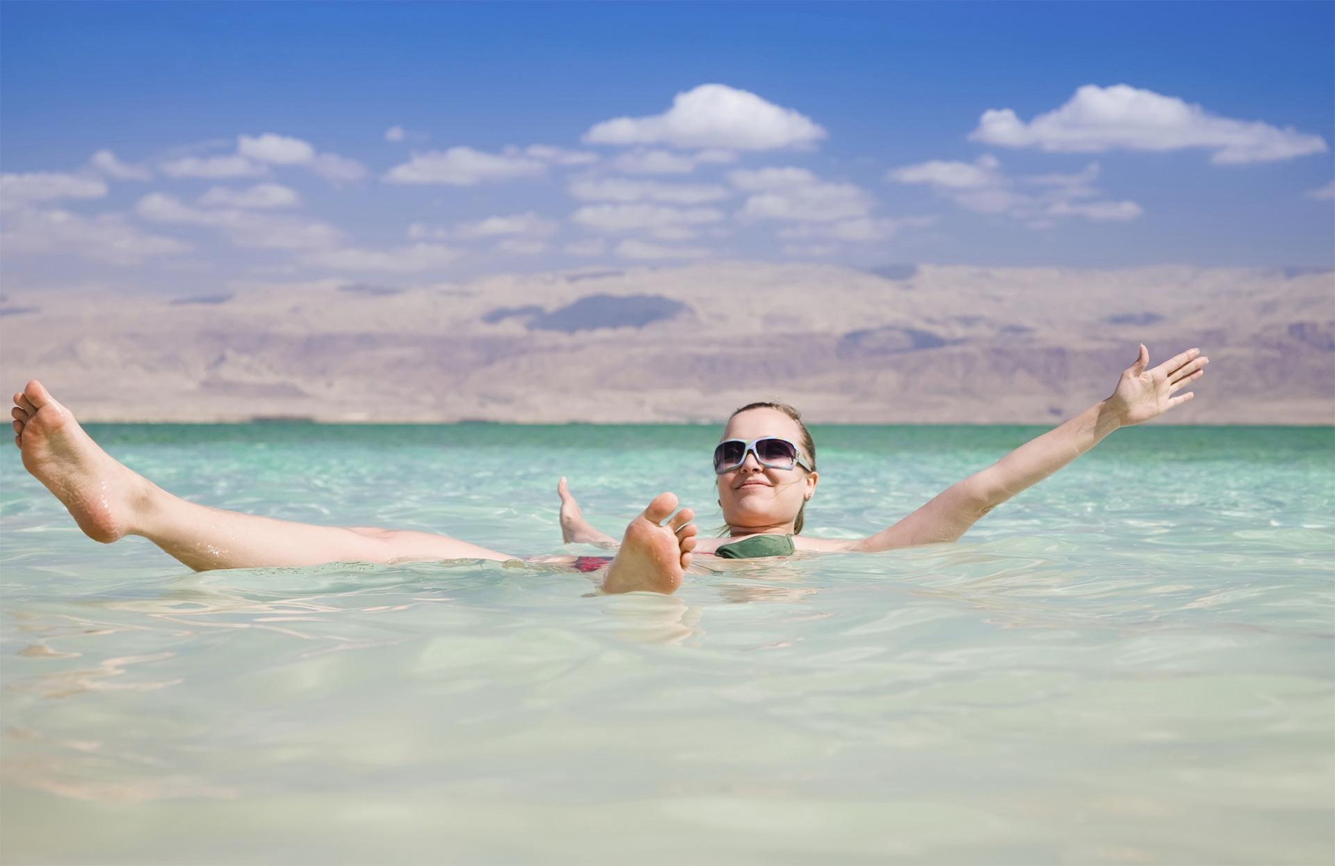 Toma precaucione cuando vayas a nadar en la playa o en lagos