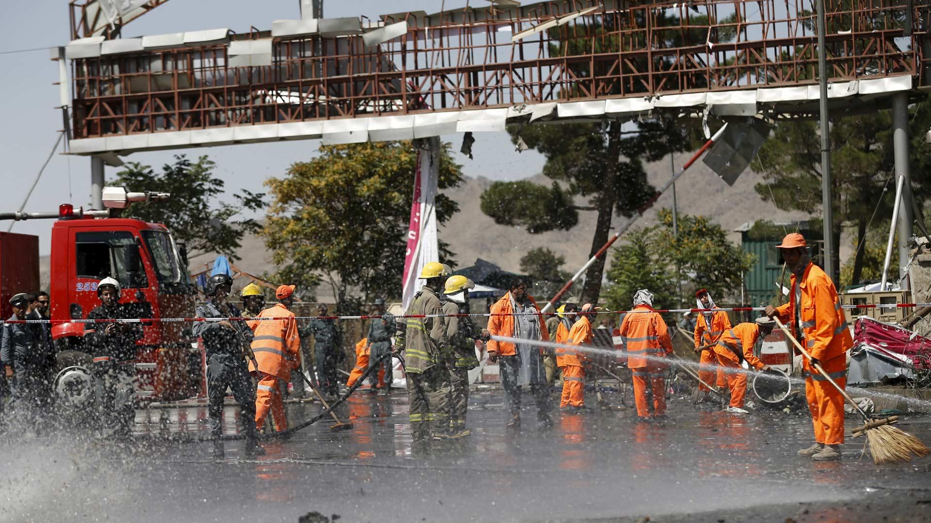 Al menos 6 personas murieron en un ataque suicida en la capital de Afganistán