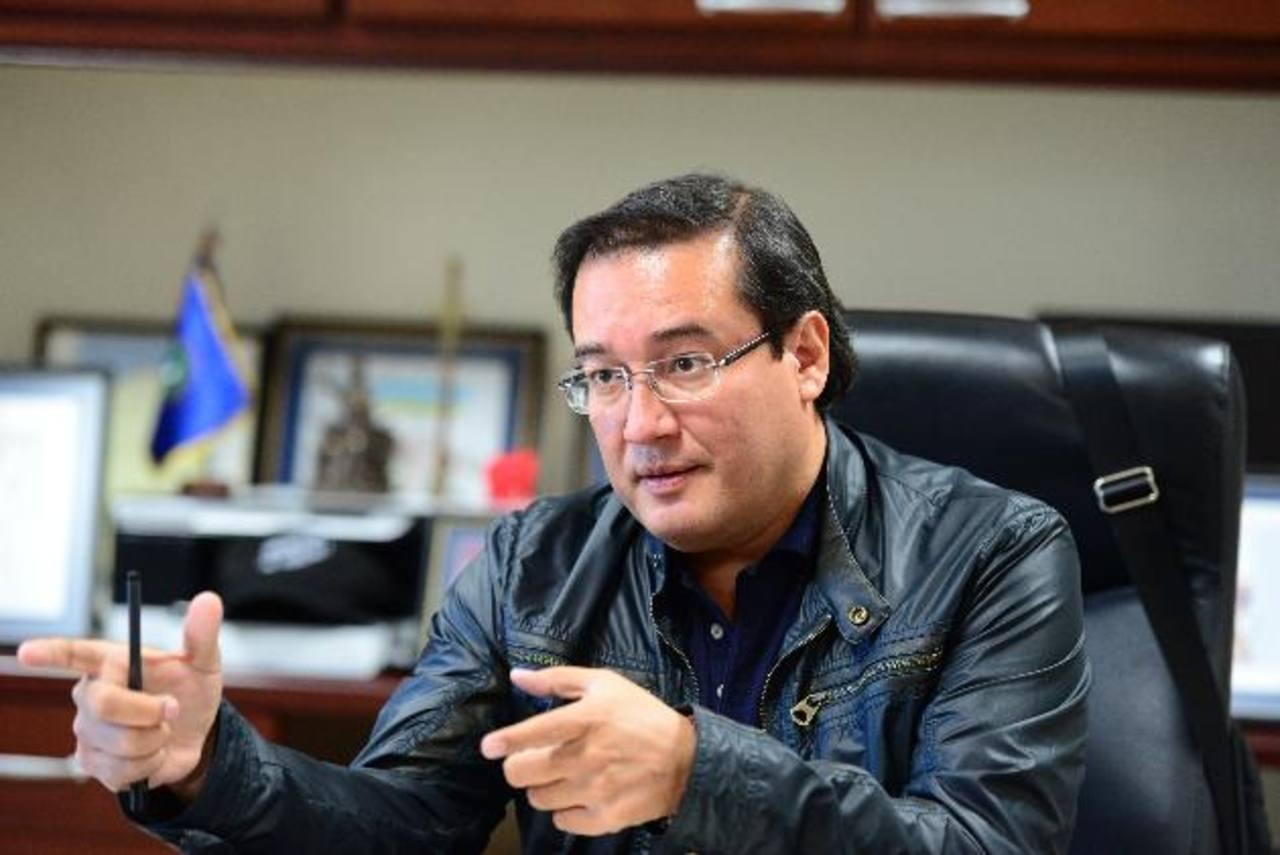 El fiscal general de El Salvador, Luis Martínez, informó que tramitará medidas con la Corte Suprema para procesar a miembros de pandillas