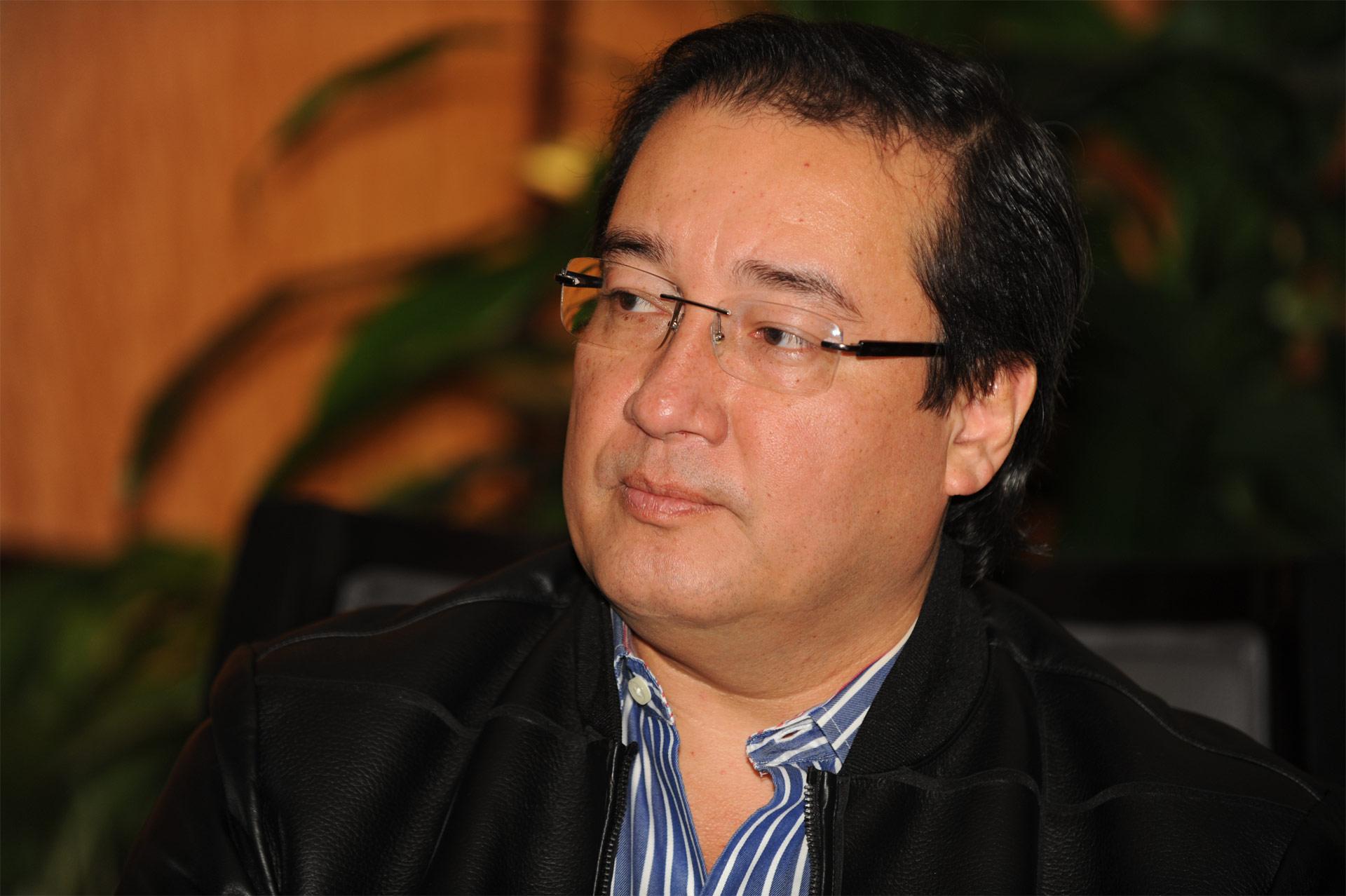 El fiscal general del país, Luis Martínez, afirma que la nueva ley es una estrategia contra pandillas