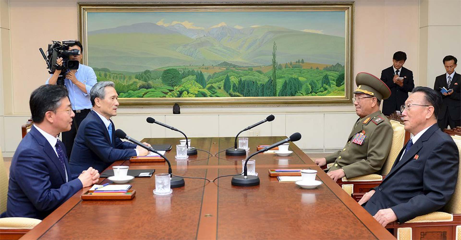 Representantes de ambos países buscan evitar un conflicto armado