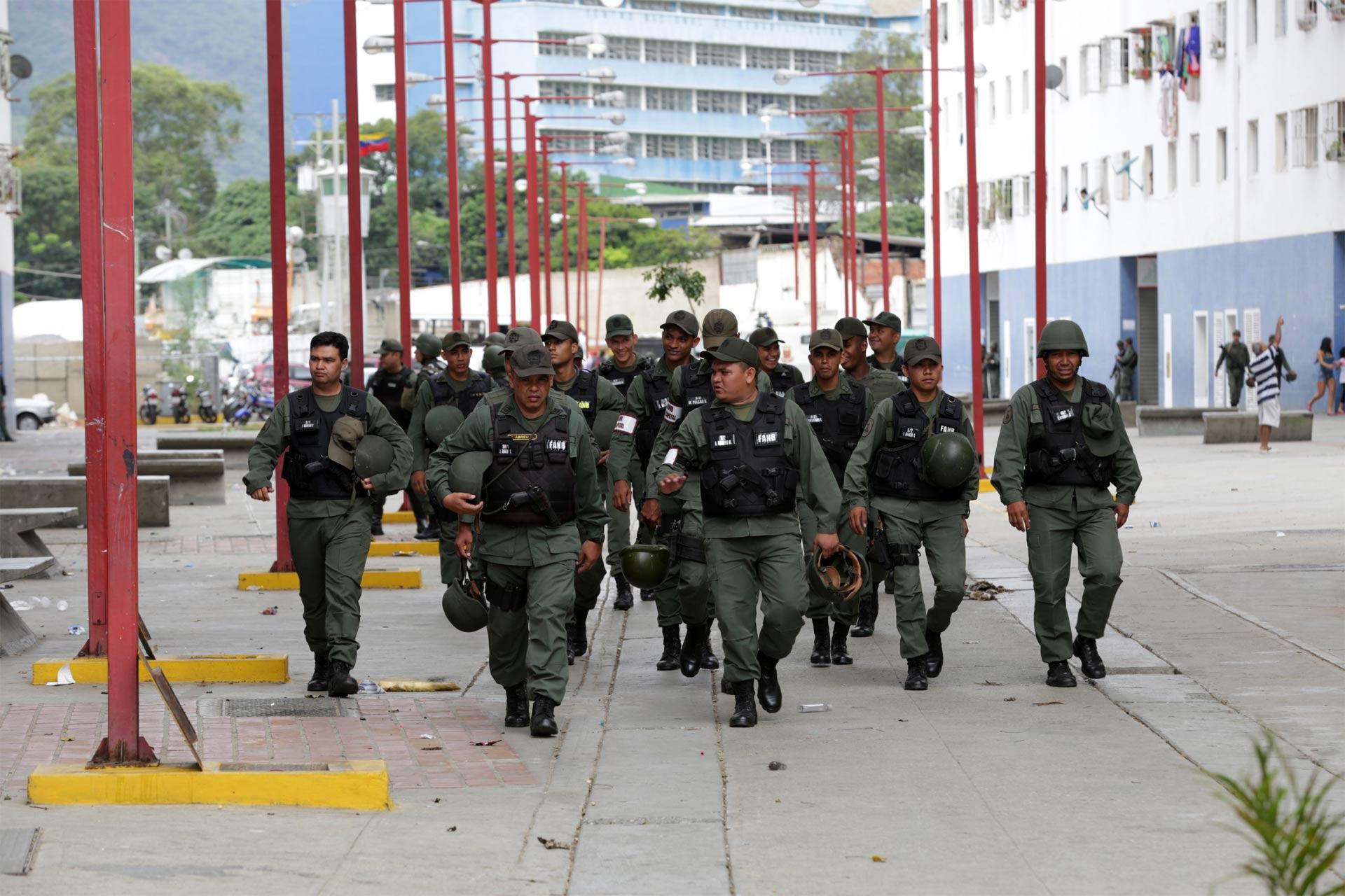 Se han incautado 1.5 kg. de droga, recuperado vehículos y detenido a varias personas