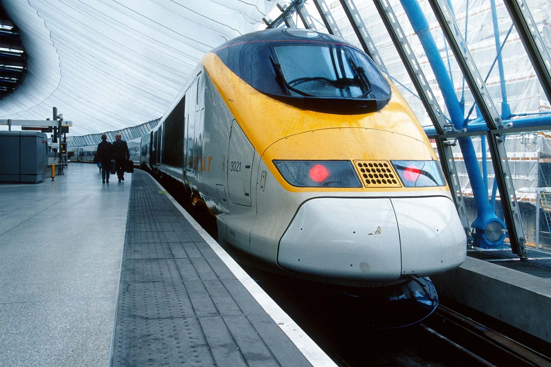 Primer ministro belga pide que todos los usuarios de trenes sometan su equipaje a controles de radar