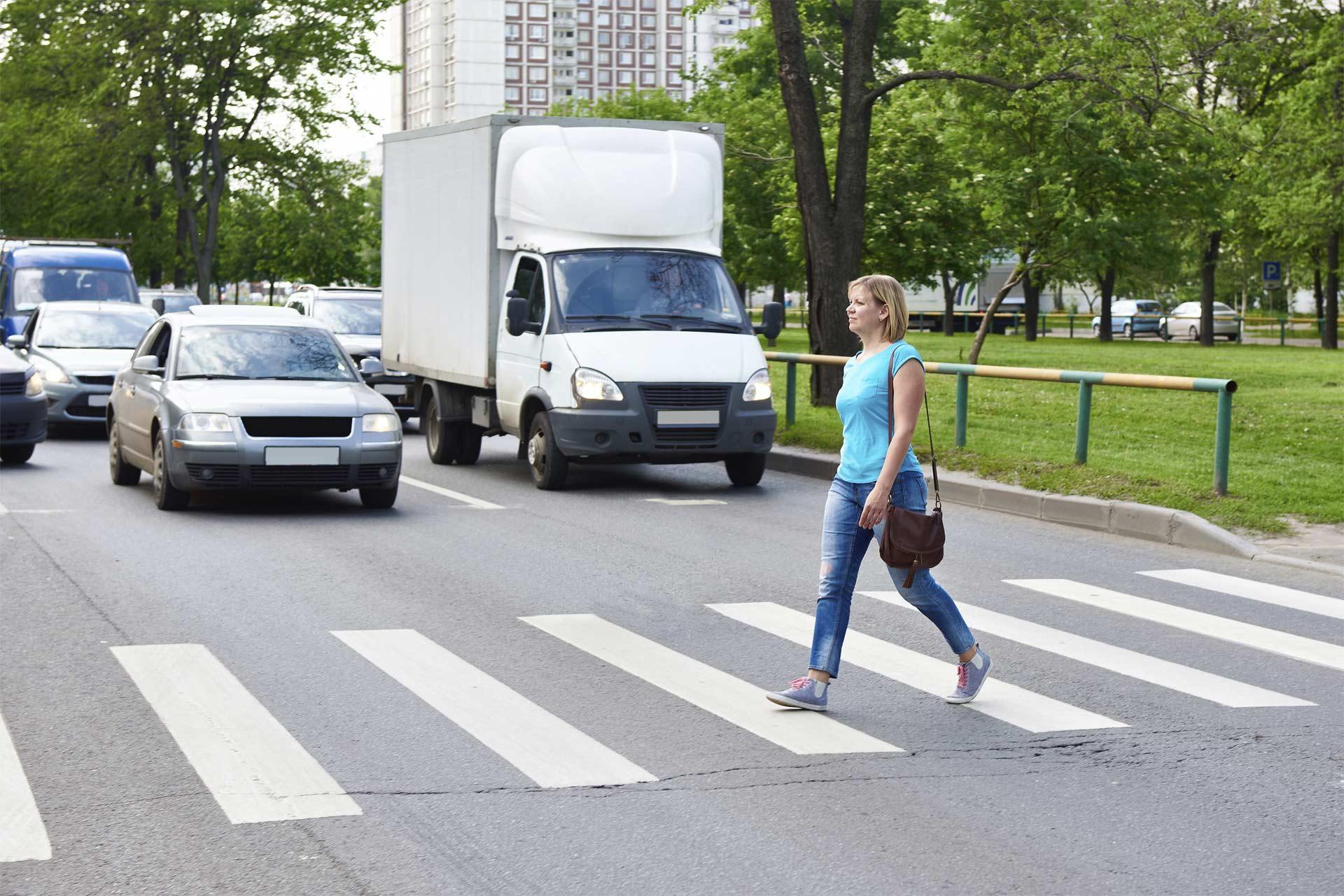 Honda desarrolla un sistema que sincroniza auto y teléfono para alertar de posibles atropellos a peatones
