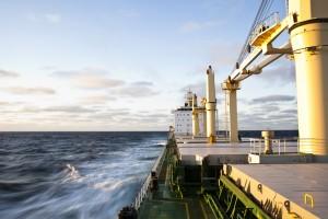 """El secretario de Asuntos Exteriores dijo que los navíos españoles han realizado """"repetidas incursiones"""" en aguas que no les pertenecen"""