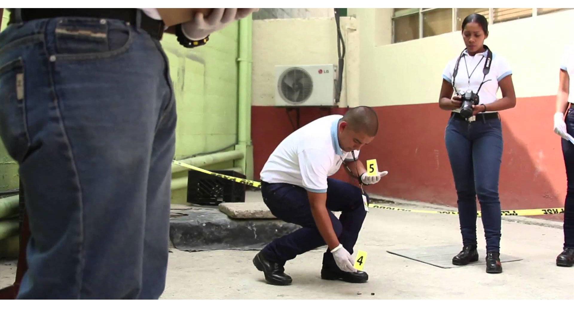 Los sabuesos del Cicpc investigan para aclarar el móvil del doble homicidio