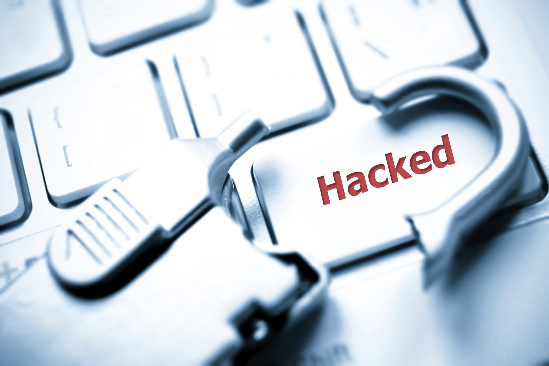 Hackers colgaron en Internet datos de las personas que usan la red de relaciones extramatrimoniales