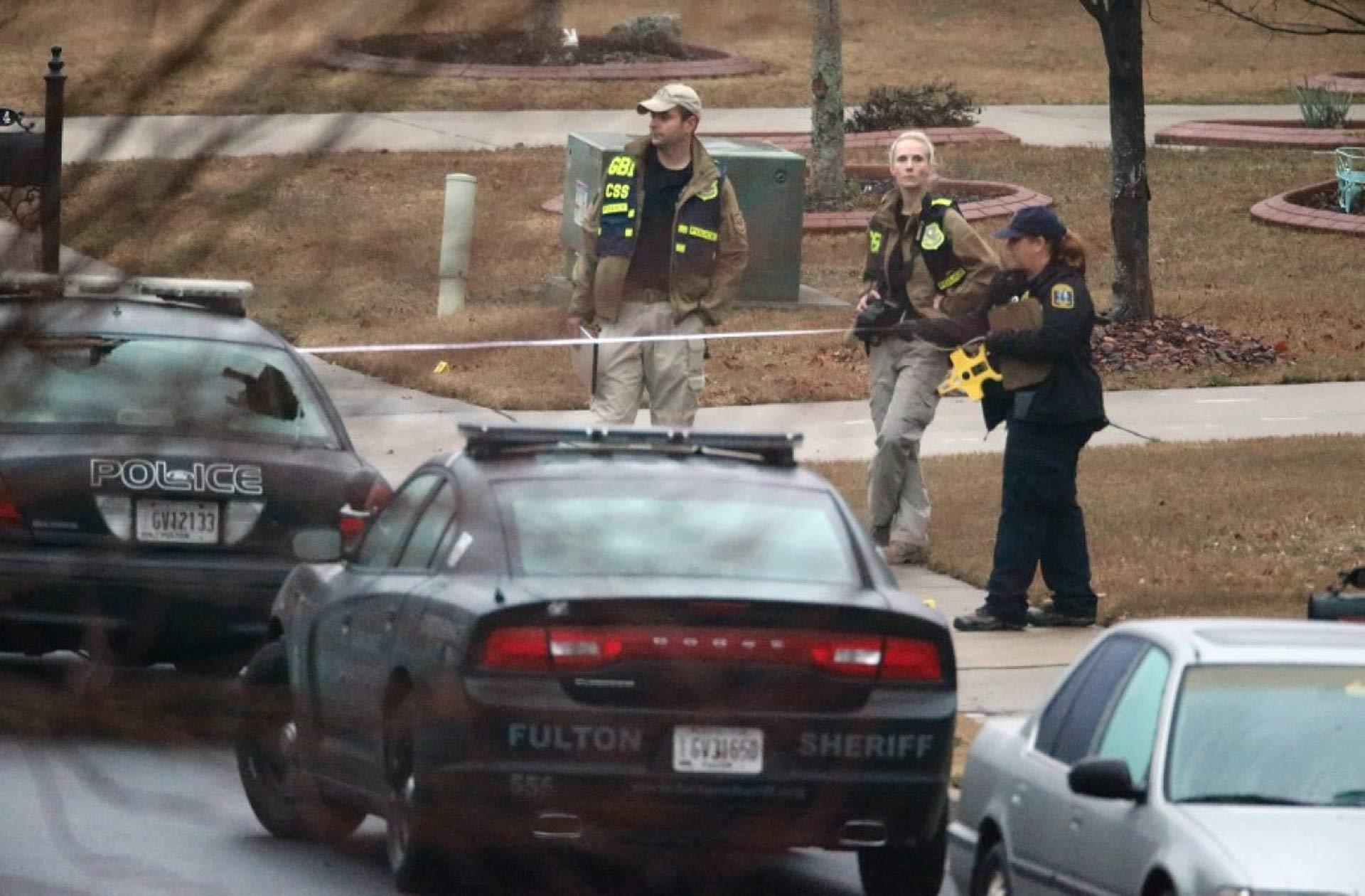 Un joven falleció por un disparo recibido tras un enfrentamiento con armas de fuego en una universidad de EE.UU.