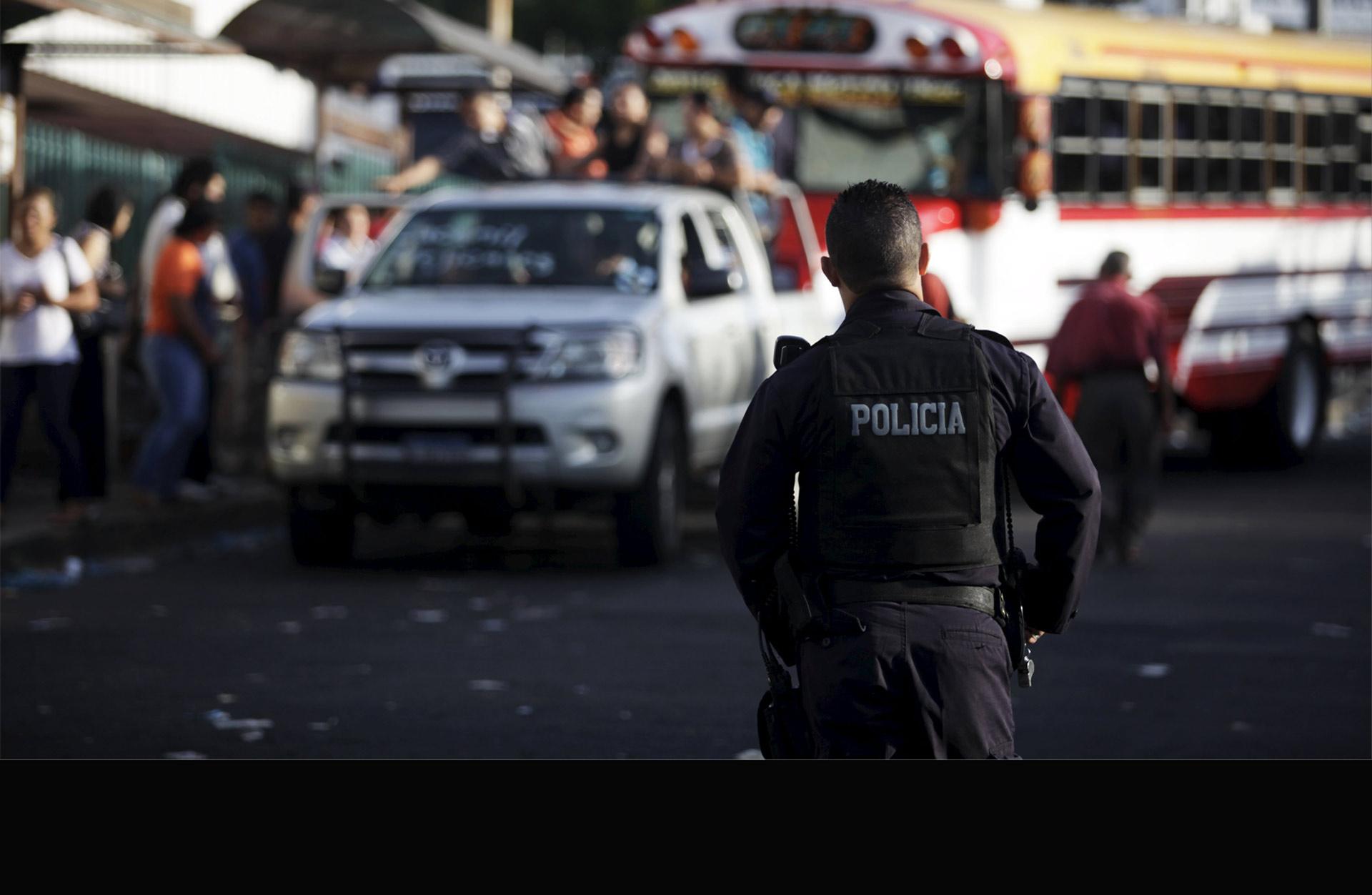 Según el subdirector de la Policía Nacional, sólo del pasado domingo a este jueves fueron asesinados cuatro agentes