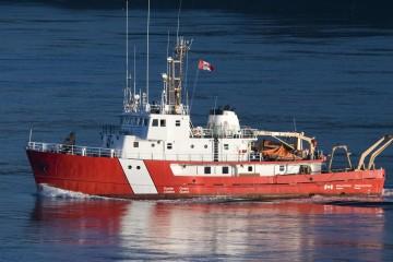 Autoridades colombianas descubrieron una embarcación que intentaba cruzar hacia Centroamérica con 29 personas