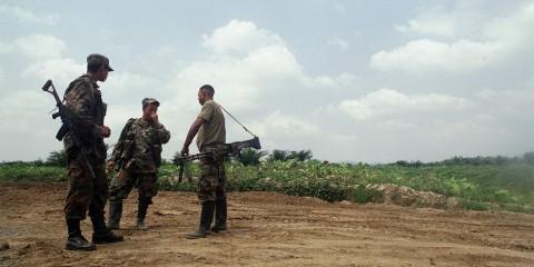"""En la línea limítrofe entre Venezuela y Colombia los hombres """"innombrables"""" gobiernan en la sombra"""