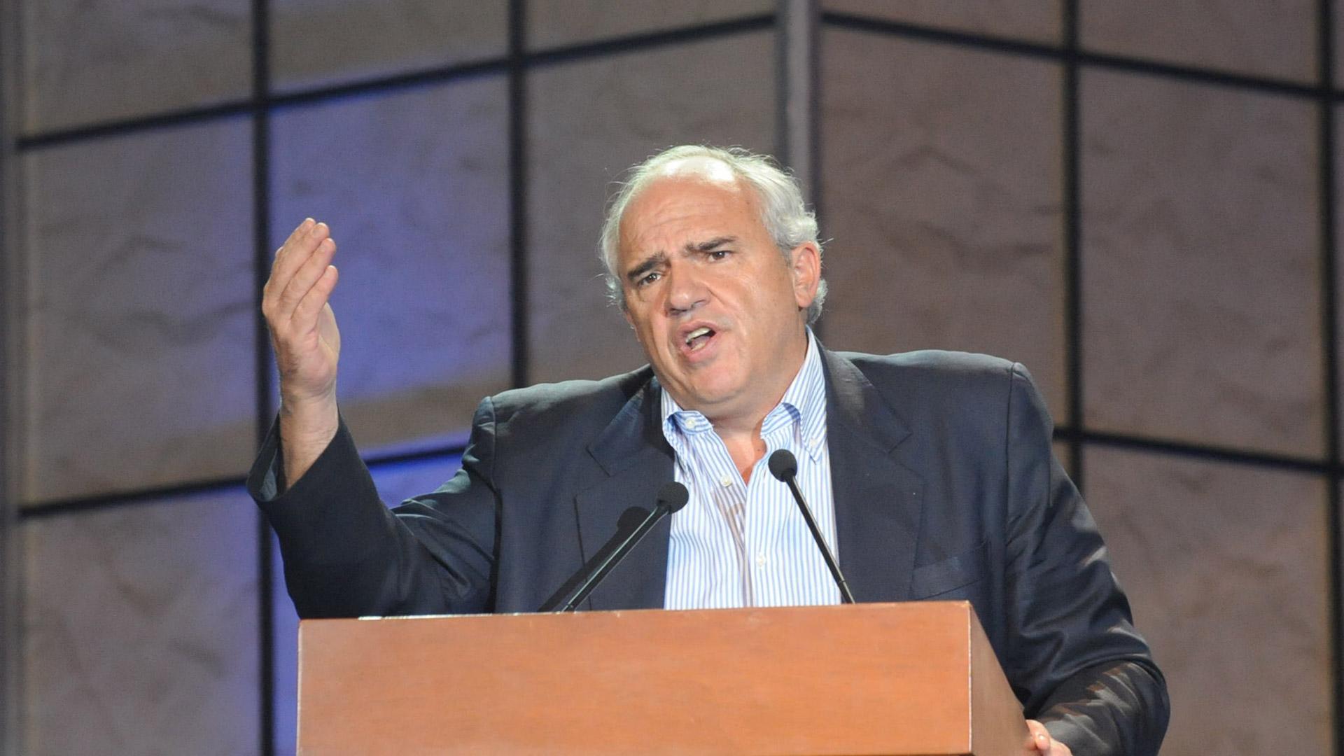 El Secretario General de la Unasur propone un mecanismo que ayude a resolver el conflicto