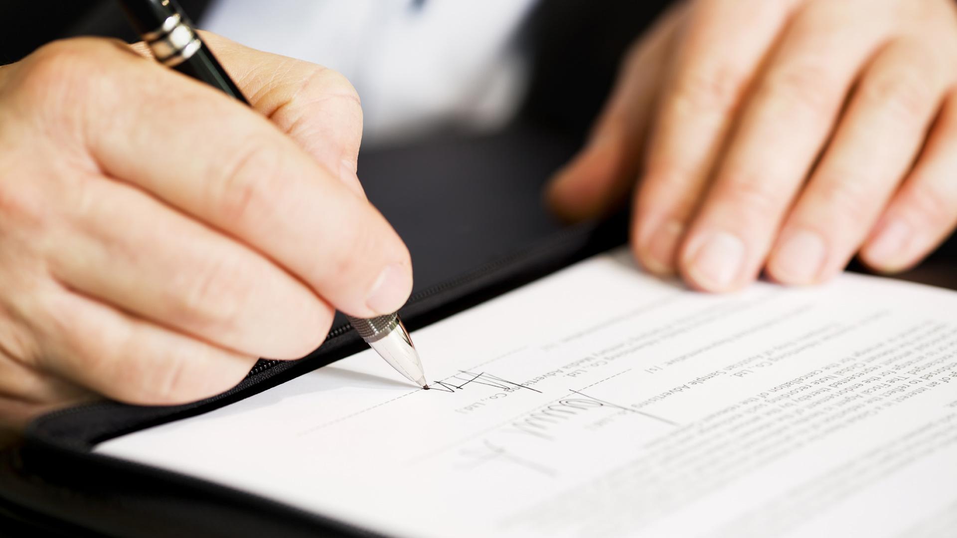 Los malos entendidos pueden prevenirse con contratos cuidadosos y estudios de mercado
