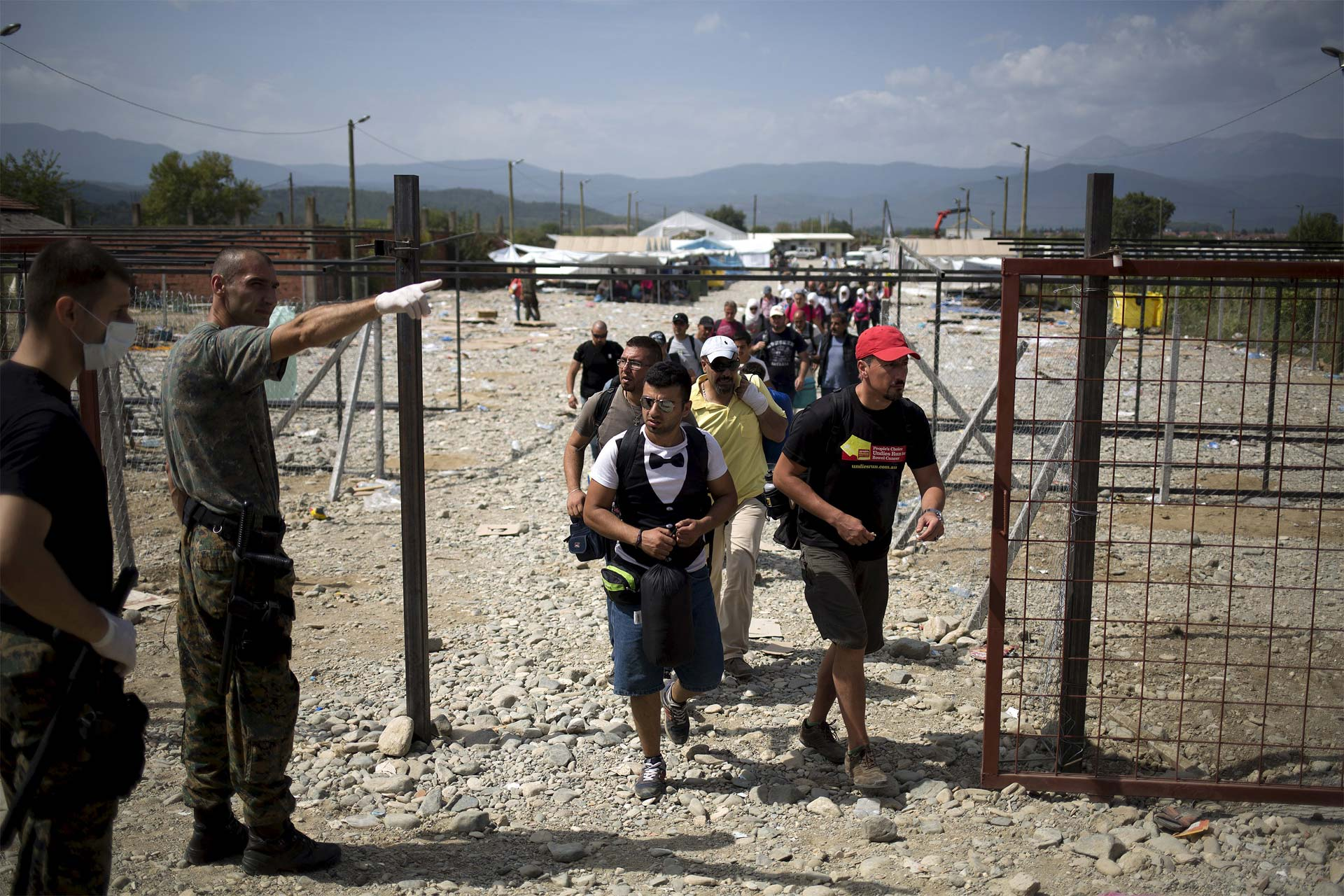 Alemania sigue siendo el país más receptivo. Hungría construyó un nuevo campamento. Francia y Chile mostraron disposición de acoger personas. En Grecia hubo conflictos