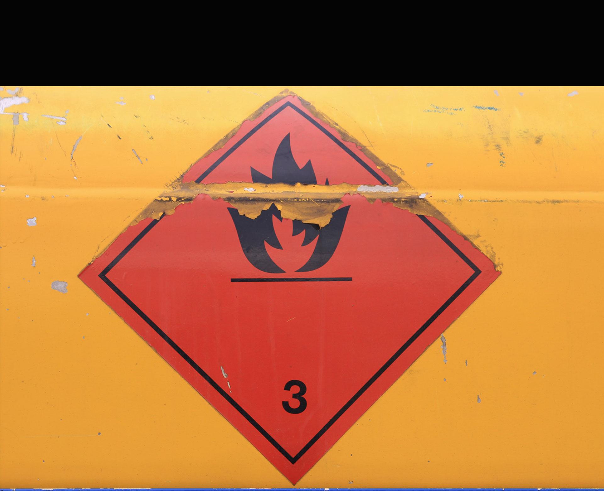 Conoce las indicaciones necesarias para prevenir una contaminación química masiva en tu compañía