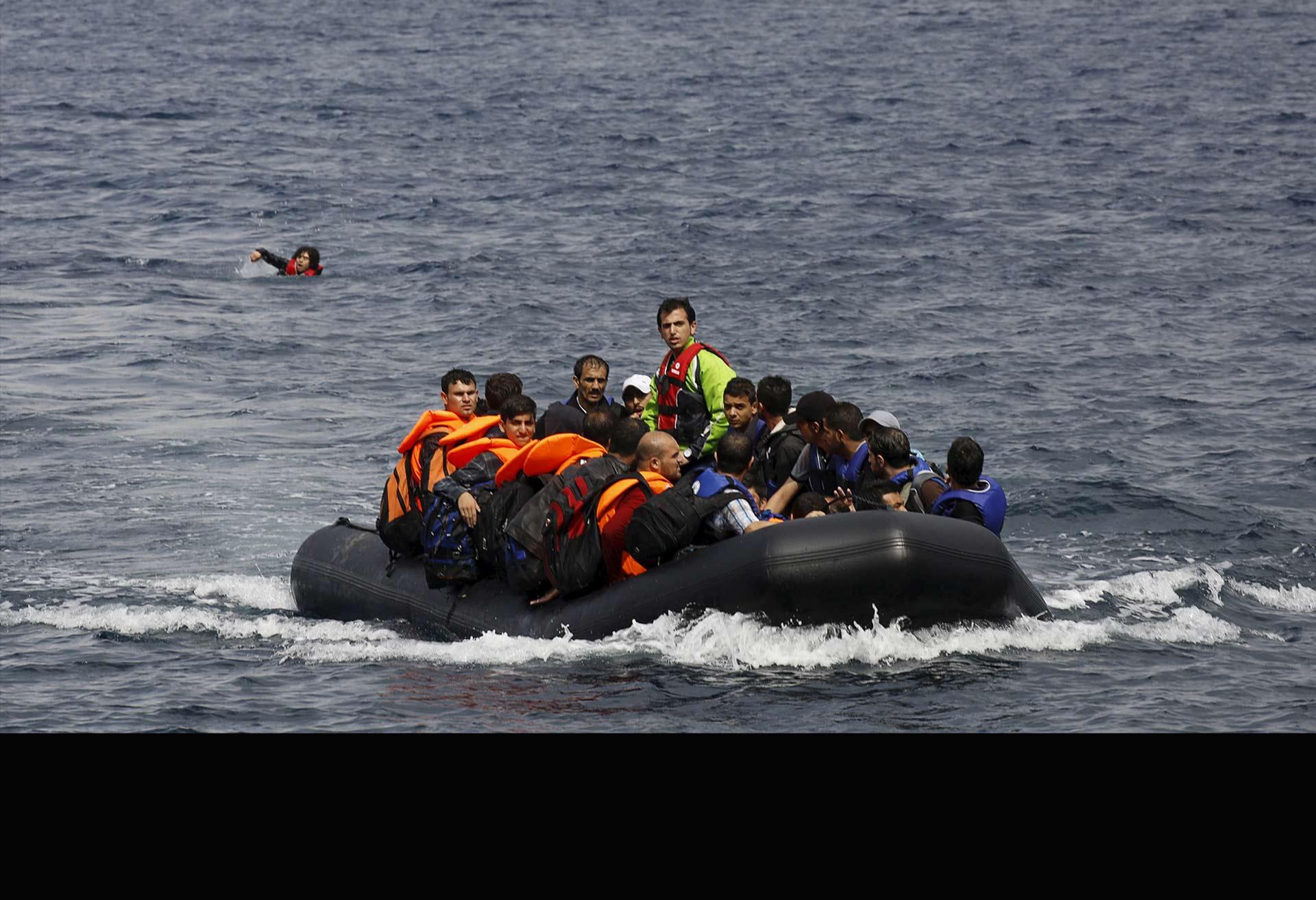 El 7 de octubre comenzará la misión militar contra contra las redes de traficantes de personas en Europa