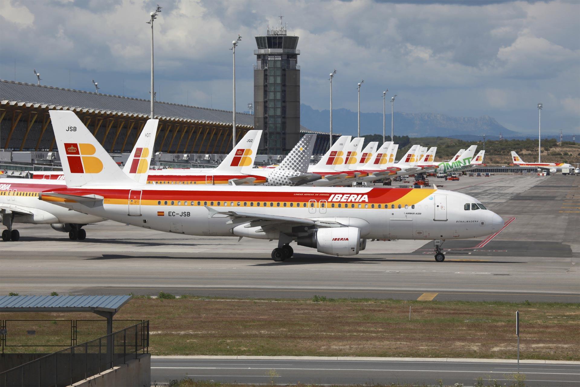 La aerolínea española ahora pone el foco en público joven, con medidas que otorguen ventajas y comodidades al viajar