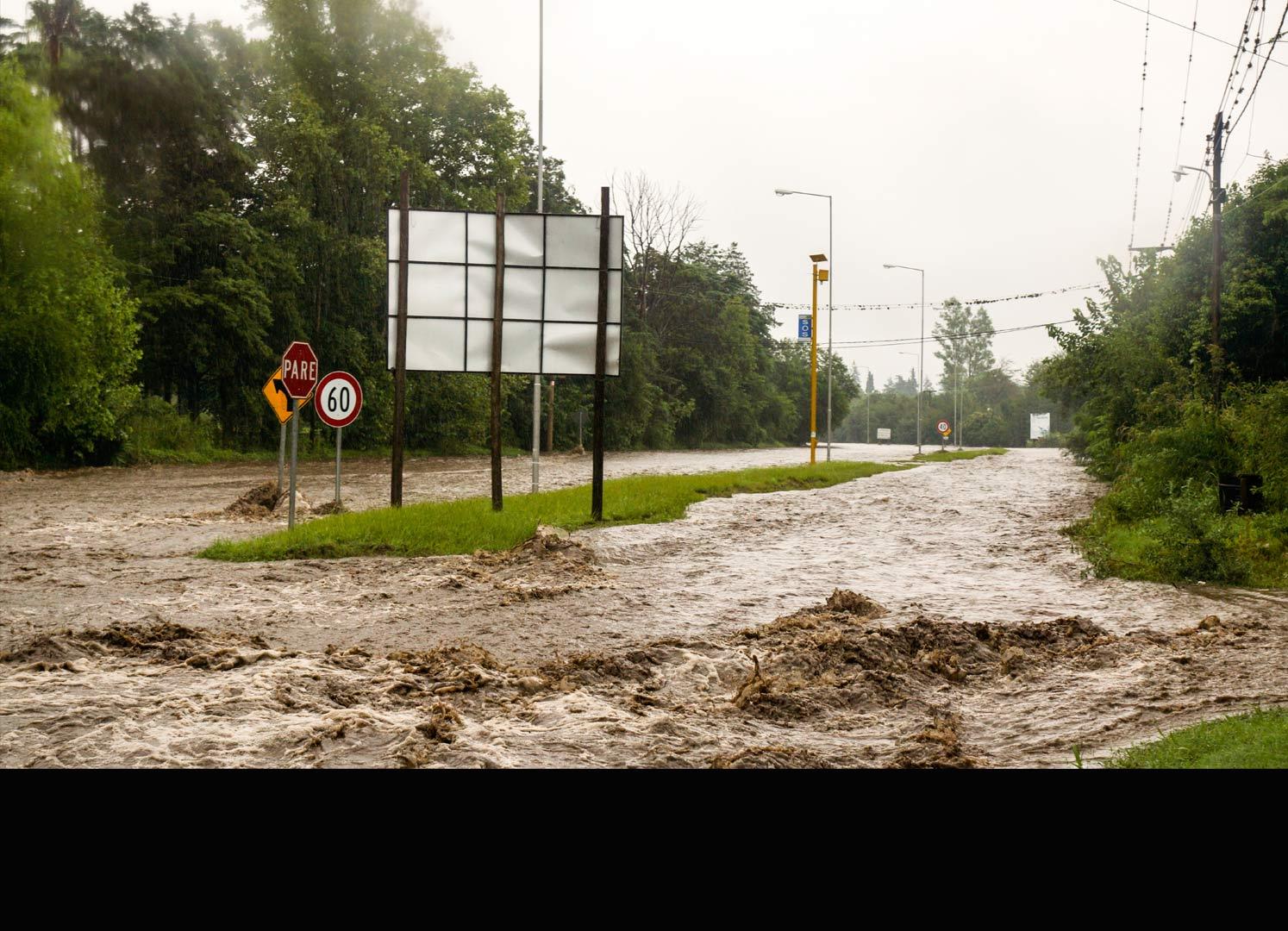 El fenómeno climatológico ha levantado las alertas y los planes de prevención ante posibles catástrofes