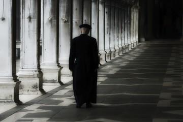 El sacerdote explotó su condición de capellán de un colegio privado en Lima para aprovecharse del menor