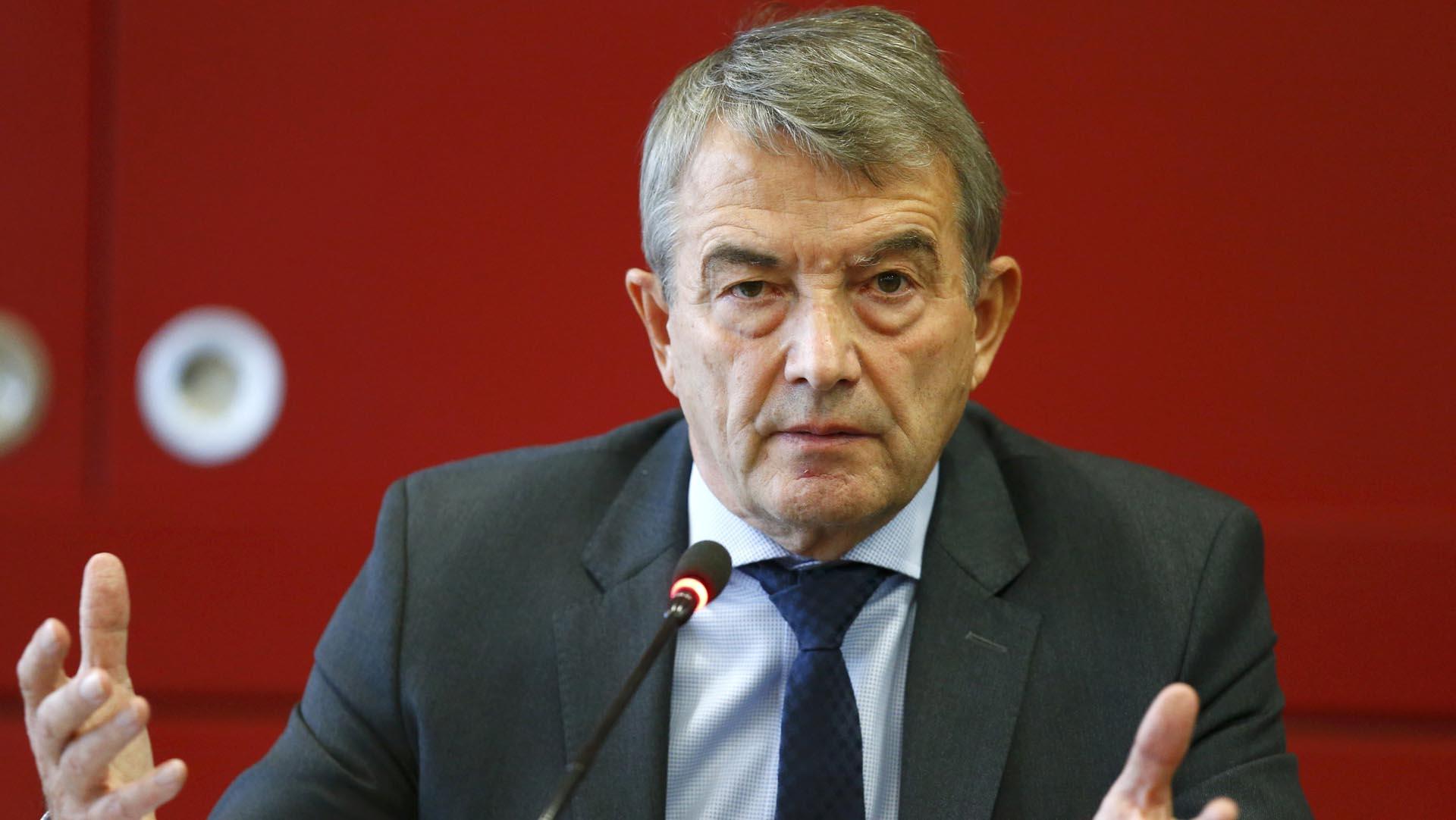 El jefe de la DFB aseguró no tener conocimiento sobre el pago de este dinero a la FIFA