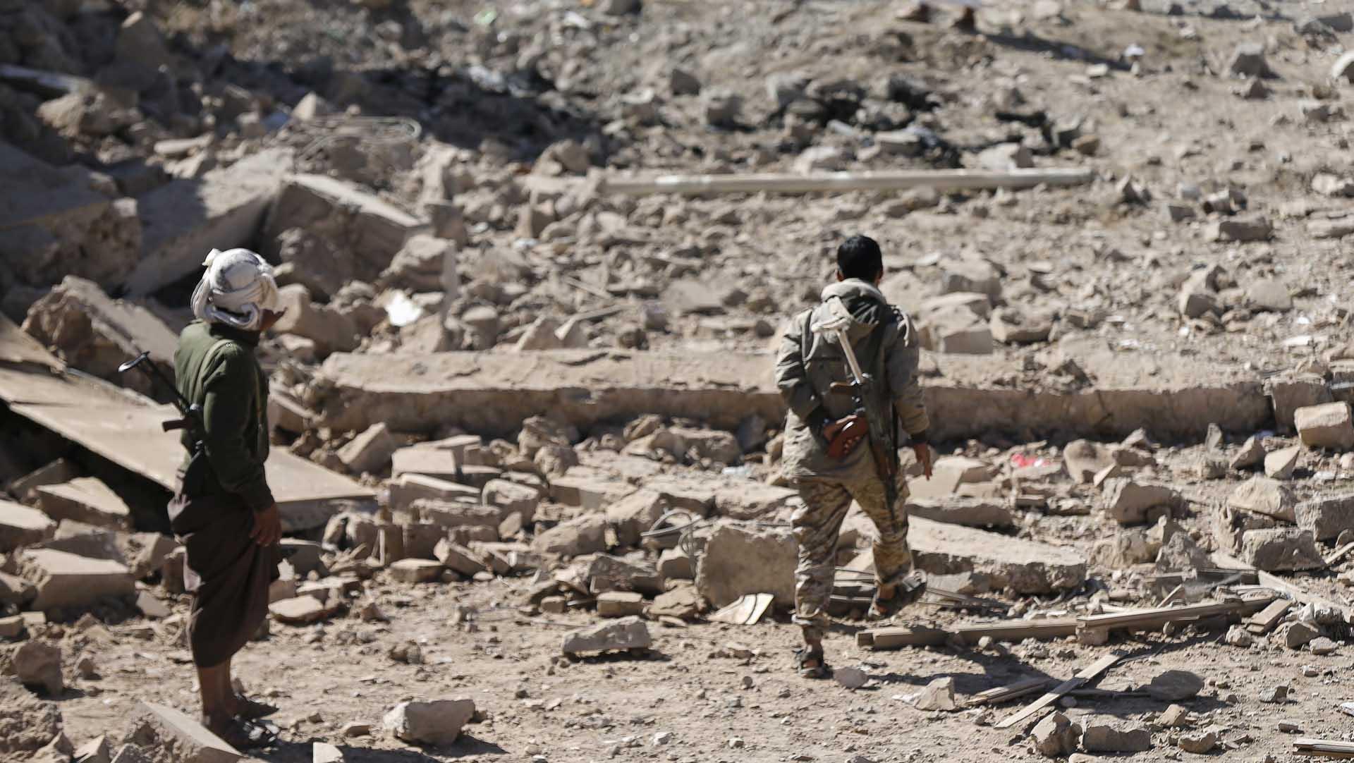 Más de 500 militantes del EI fueron evacuados desde Siria