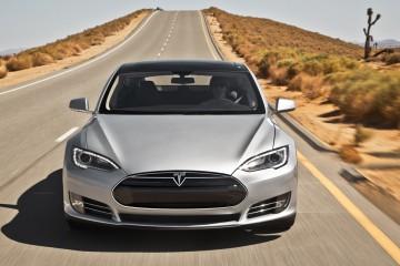 La autoconducción llega a Tesla