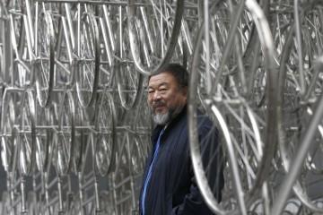 Ai Weiwei fue vigilado y perseguido por las autoridades chinas debido a su postura crítica con el gobierno y el Partido Comunista