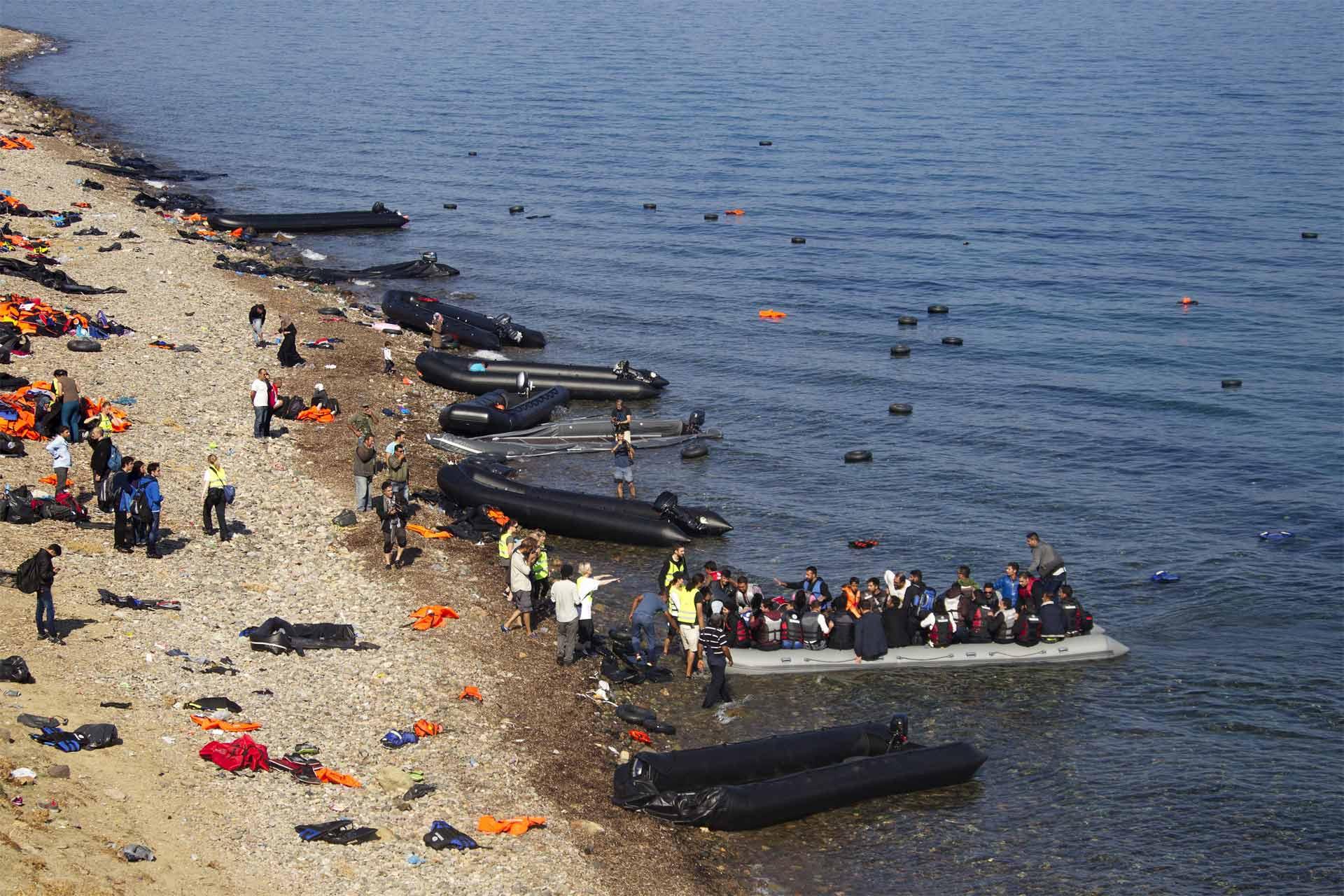 La guardia costera informó que se trata de dos niños, un hombre y una mujer en avanzado estado de descomposición