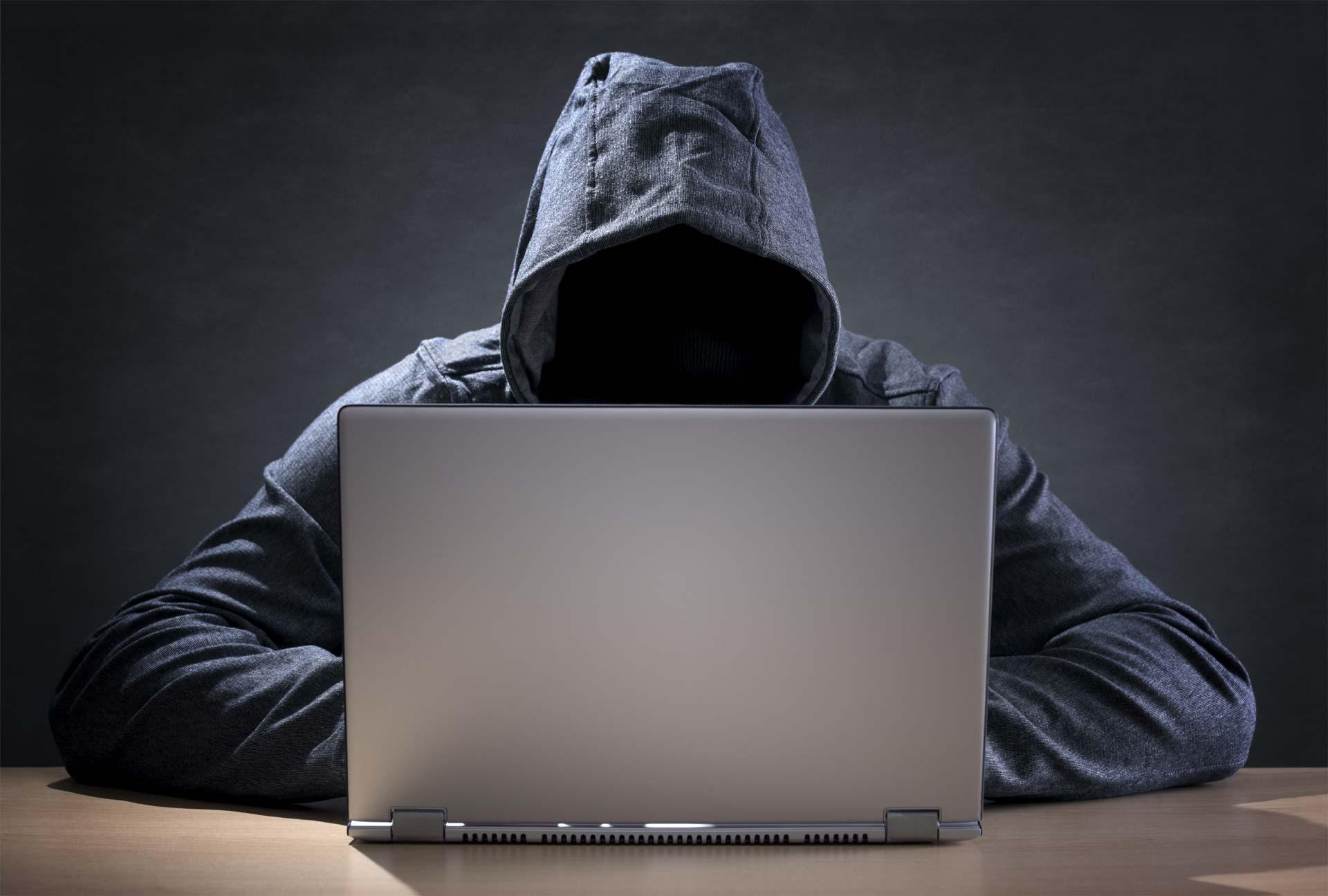 Hacker activista ataca webs discriminatorias