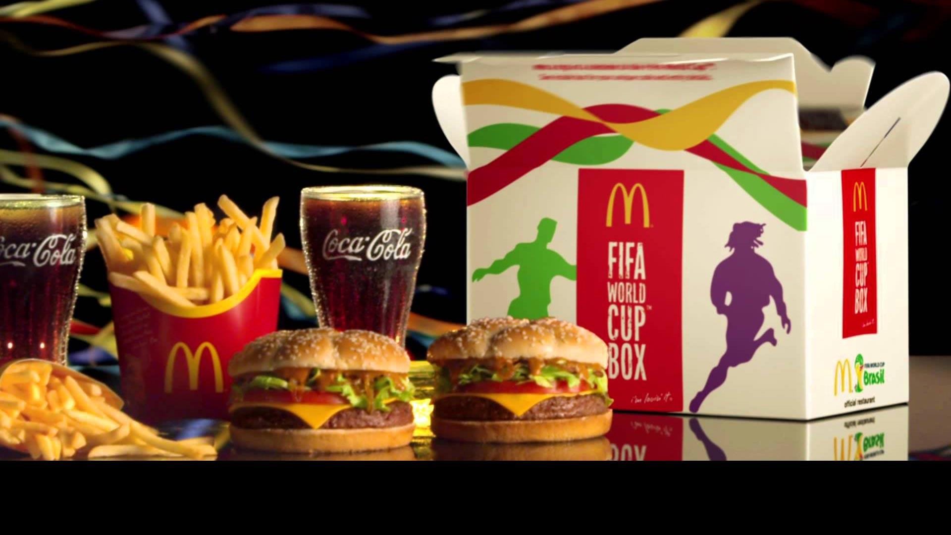 Coca-Cola y McDonald's piden la renuncia de Blatter