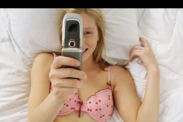 Tim Watts, diputado del parlamento australiano, propuso una ley para penalizar a quienes distribuyan imágenes de fotos sexuales