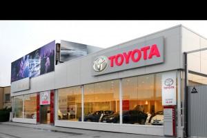 Toyota, líder en ventas