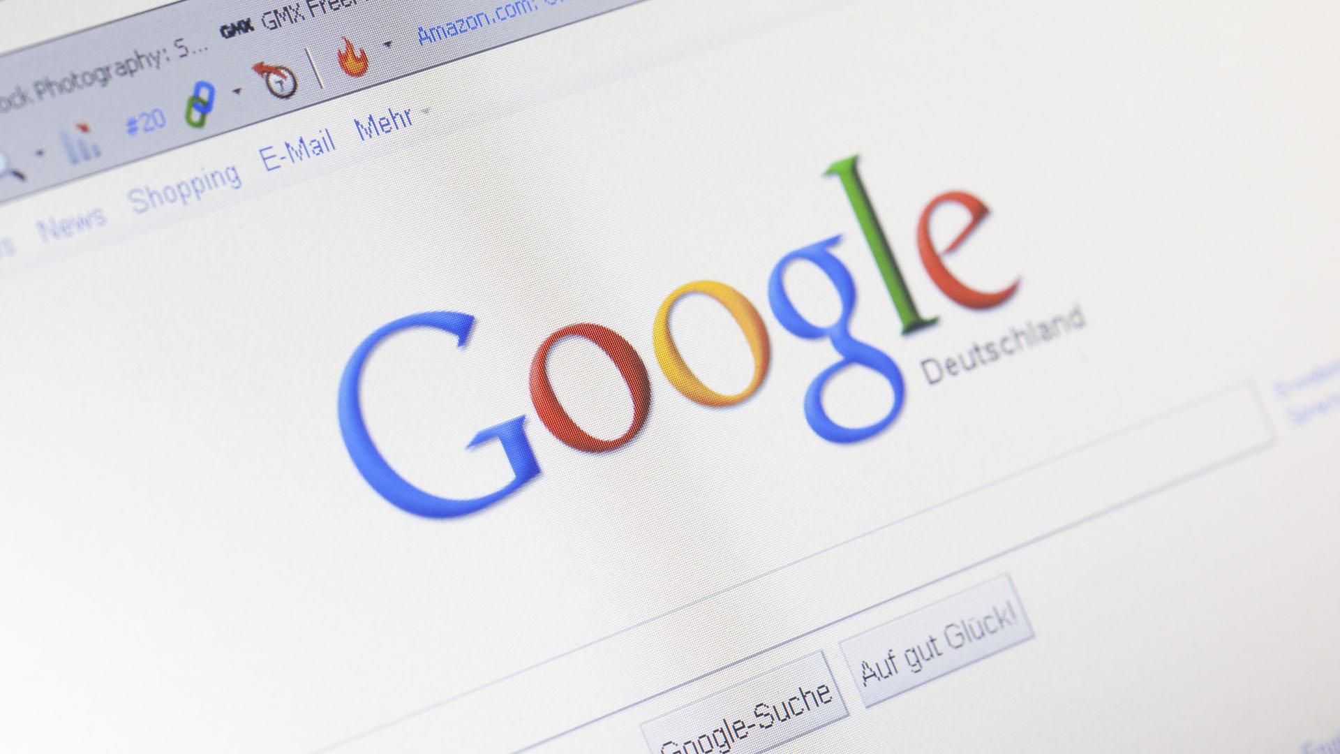 El gigante del Internet recibe diariamente miles de solicitudes para dar de baja URL falsas