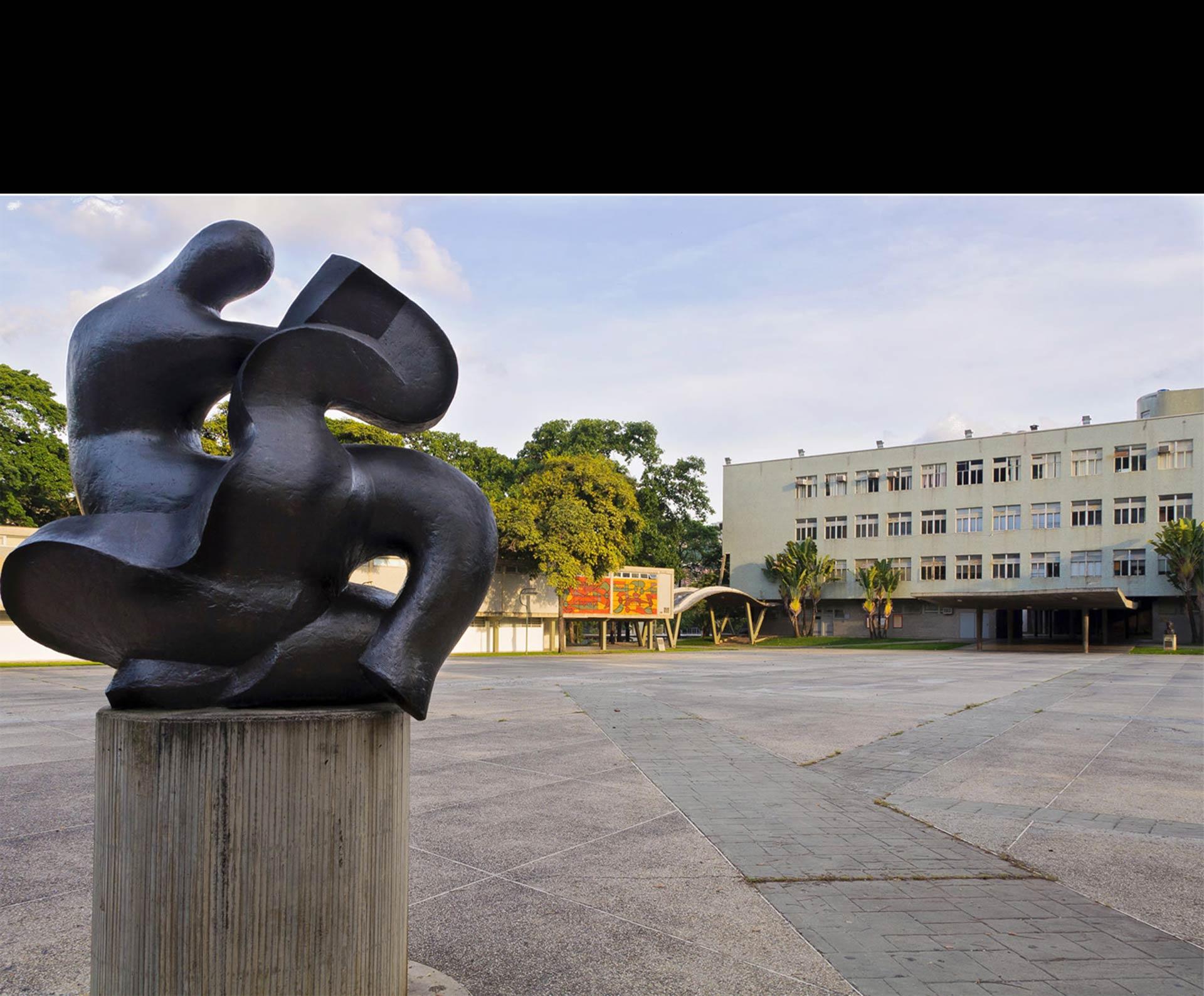 Una situación irregular se presentó al mediodía en la sede del Consejo Universitario