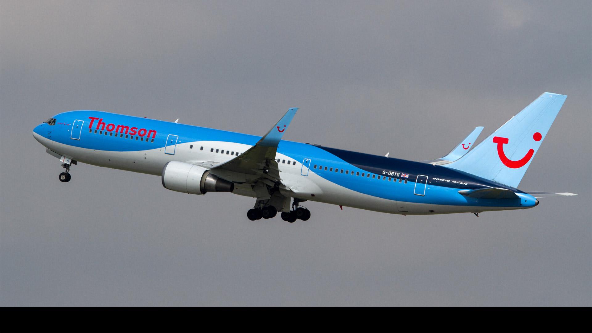 La aerolínea Thomson Airways y el Ministerio de Transporte confirmaron el incidente
