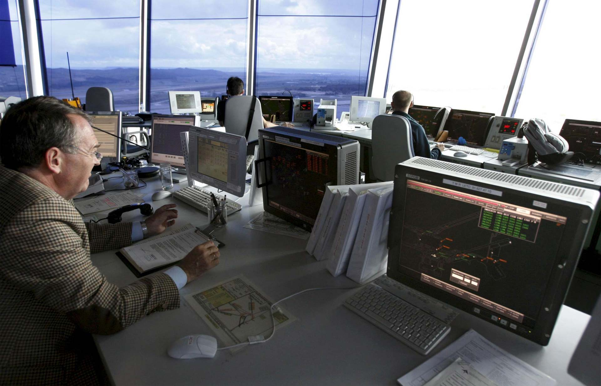 El proyecto ha desarrollado una tecnología que detecta el nivel de estrés en los operadores aéreos