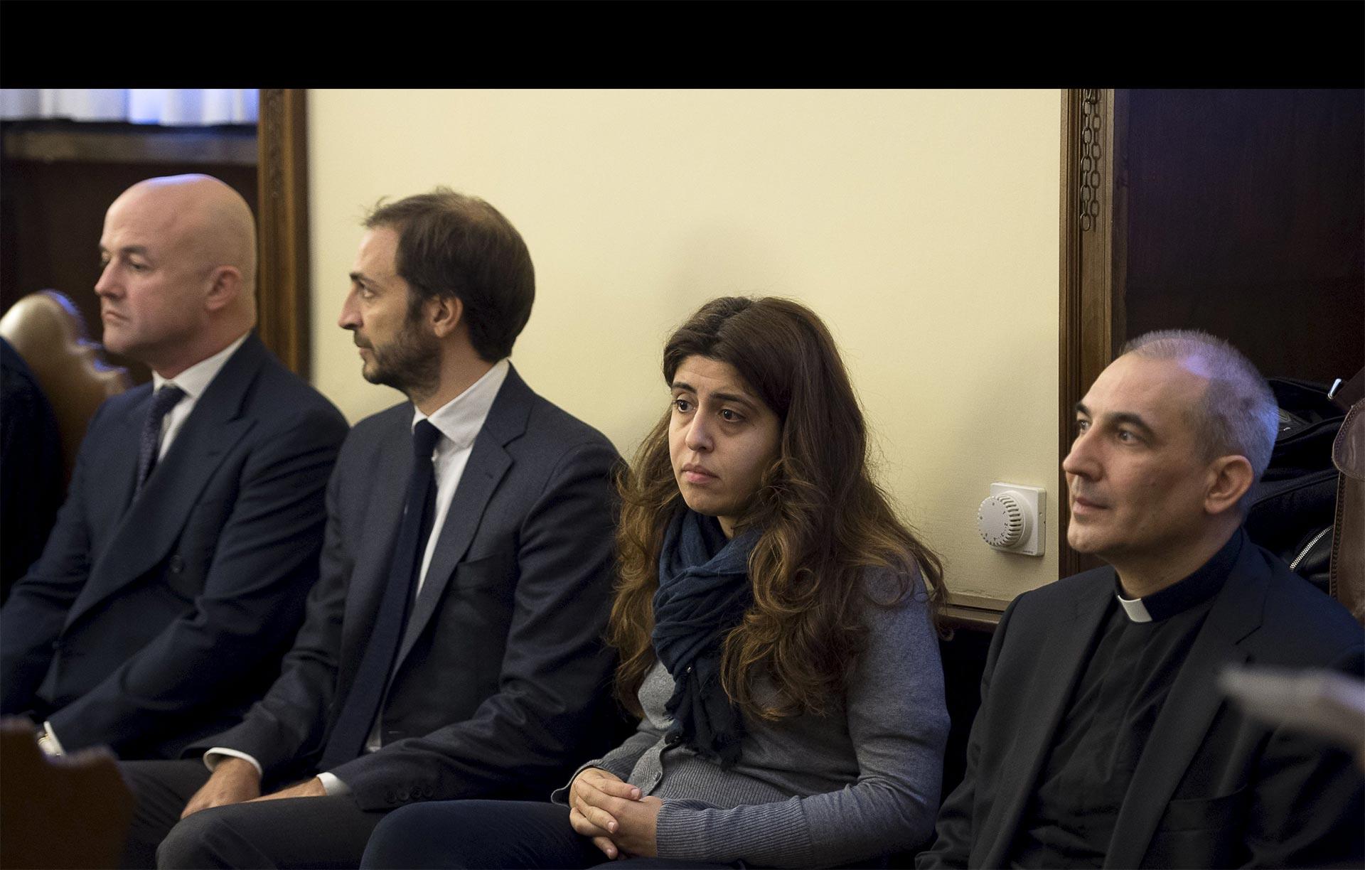 La Justicia vaticana acusa a dos periodistas, un sacerdote español y dos empleados