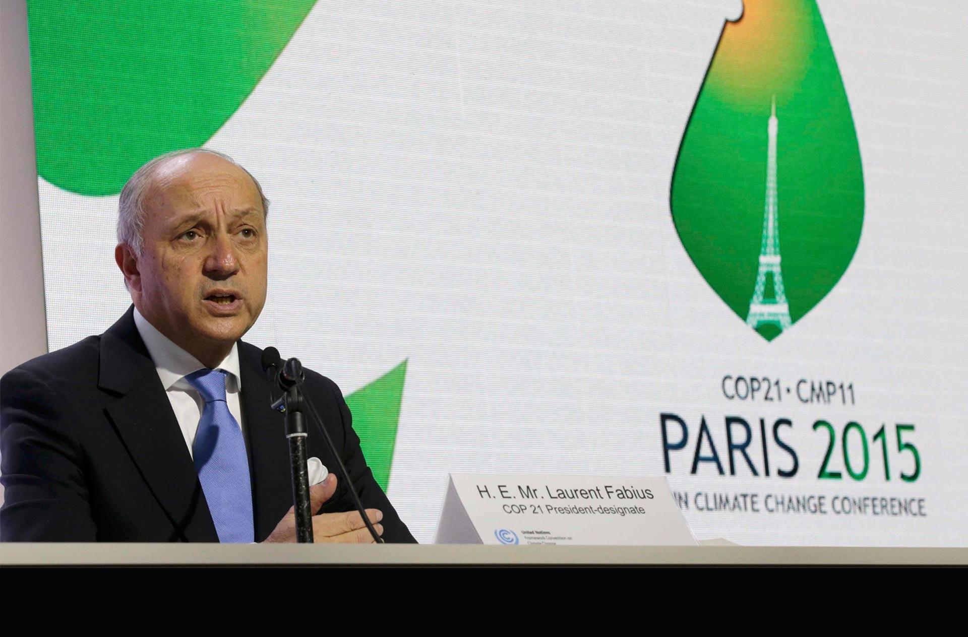 Francia no imagina coalición militar con las fuerzas sirias en la lucha contra EI, mientras al Assad continúe en el gobierno