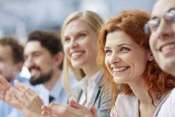 Profesionales del emprendimiento ofrecen una guía sobre cómo desarrollar con éxito ideas empresariales