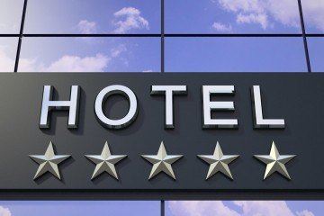 La fusión de grandes marcas hoteleras lo harán dueño de millones de habitaciones en todo el mundo
