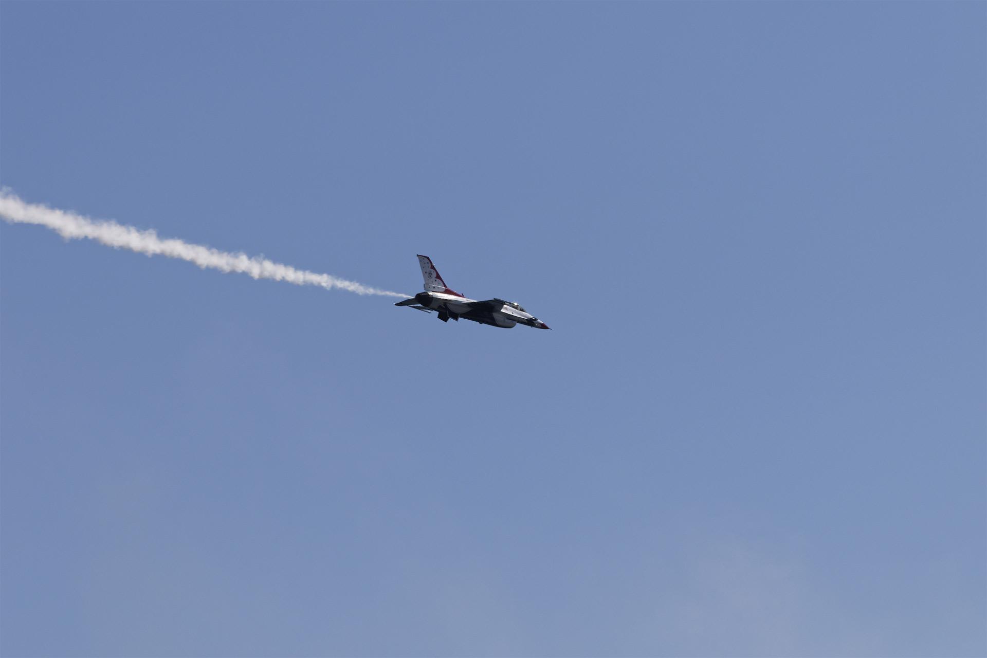 La aeronave realizó un patrón de reconocimiento por el Golfo de Venezuela y regresó pasando a 11 km de Los Monjes