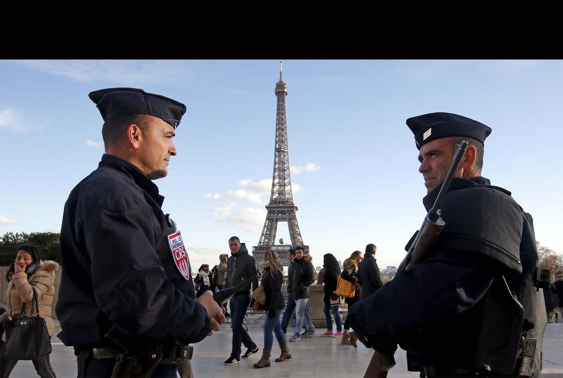 Es de un modelo igual al utilizado por los terroristas suicidas que actuaron el 13 de noviembre
