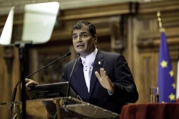 Correa tomó esta medida por la llegada al país de el fenómeno El Niño