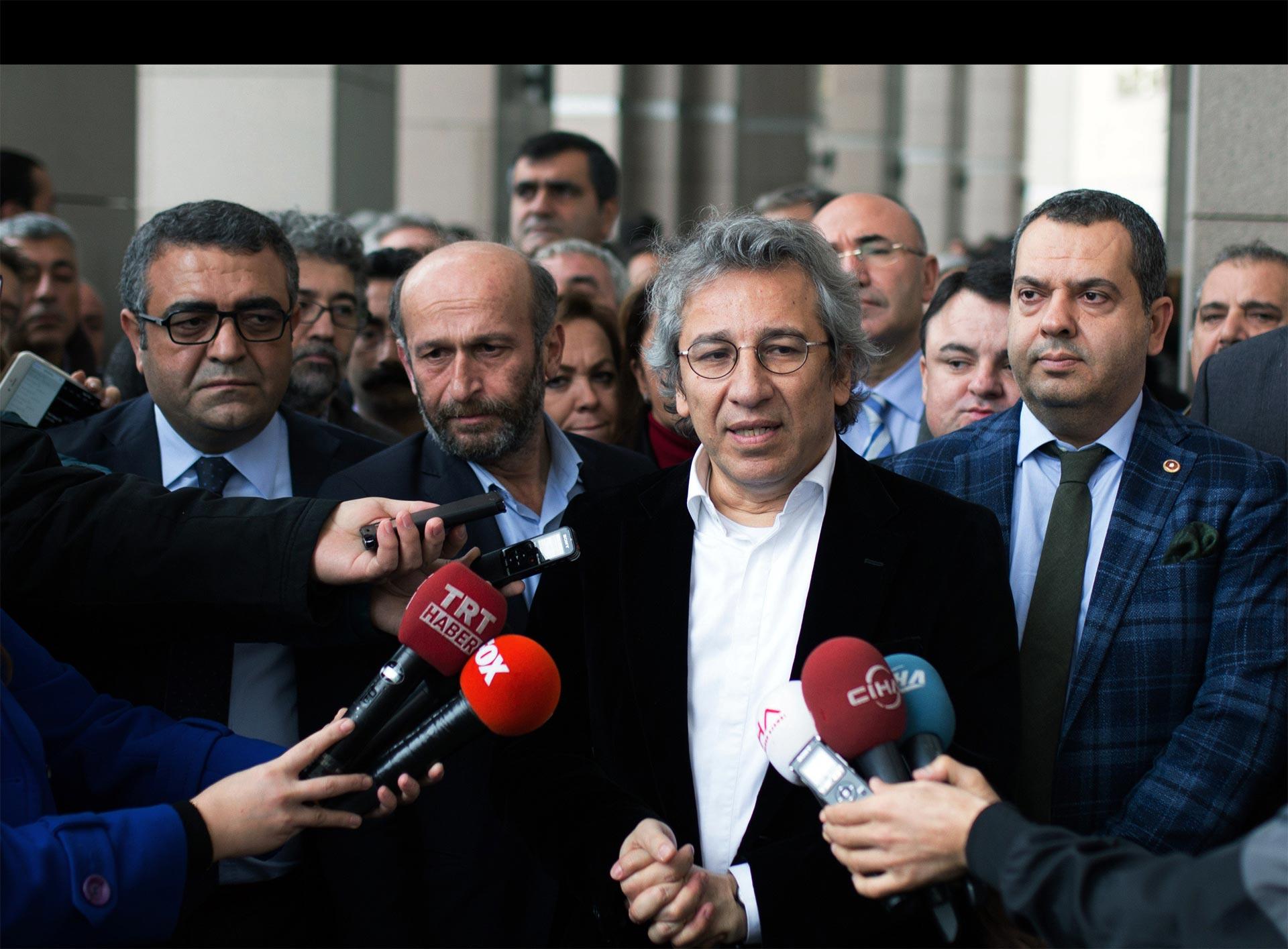 """La Fiscalía exige cadena perpetua para los trabajadores por """"terrorismo"""""""