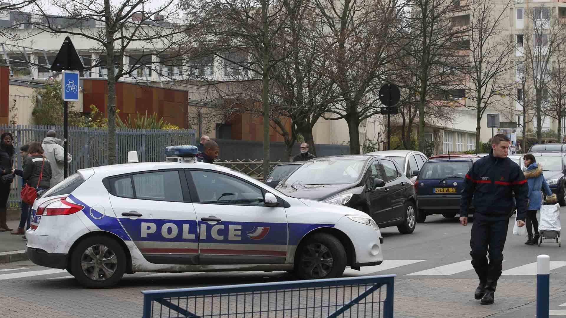 El atacante invocó a la organización terrorista Estado Islámico mientras atacaba a la víctima